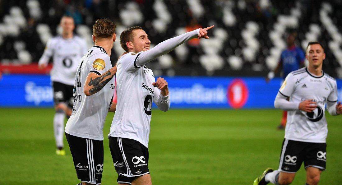 Djordje Denic lobbet inn sin første scoring for Rosenborg.