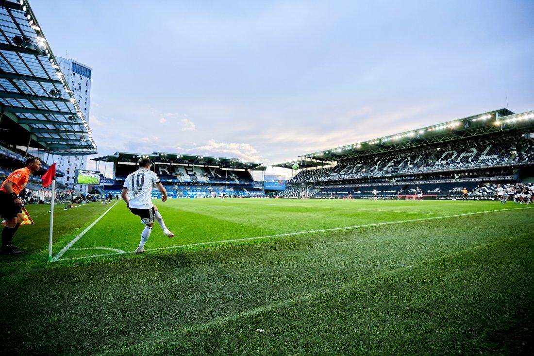 Prakt-innhopp av Helland som rakk å score ett mål og få to målgivende på 32 minutter.
