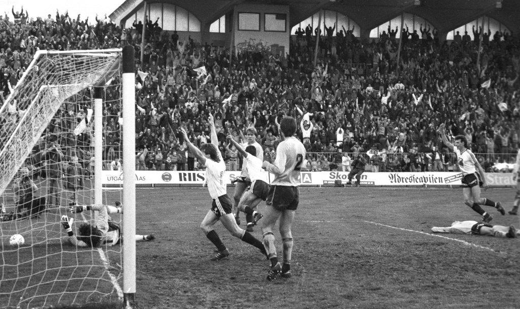 Trond Sollied avgjør seriefinalen i 1985. - Det var rett og slett magisk, sier Brandhaug.