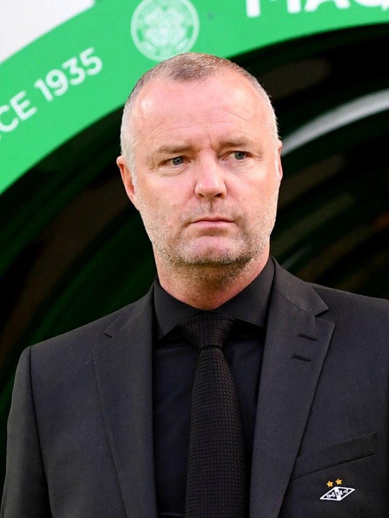 TRENER-DEBUTEN: Rini Coolen åpnet sin trenertid i Rosenborg foran 50 000 på Celtic Park.