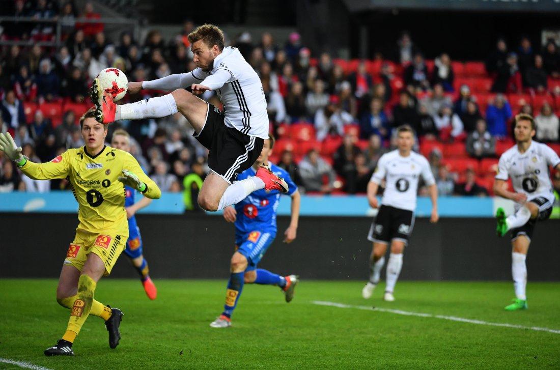 Nicklas Bendtner for Rosenborg mot Tromsø