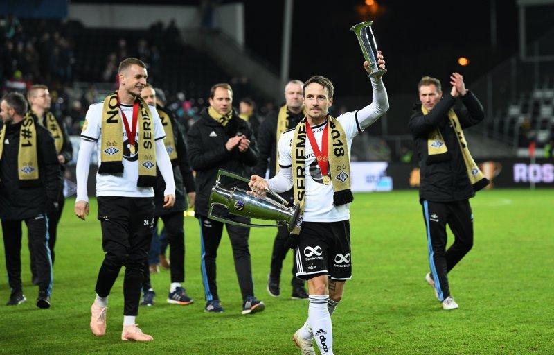 Mike vant fire seriegull og tre cupmesterskap for Rosenborg.